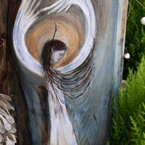 """Anioł Zadumy"" malowany na desce