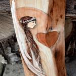 """""""Anioł Dzielący Serce na Dwoje"""" - wyraża wdzięczność dla Kogoś za podzielenie się swoim sercem  Angel painted on wood"""