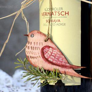 Ptaszek Różowiaczek - ozdoba i upominek ręcznie malowany jako dekoracja butelki wina