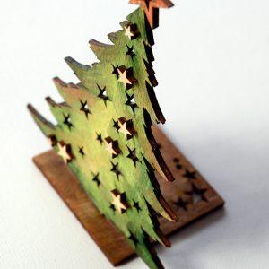 Choinka tradycyjna wycięta laserem ze sklejki drewnianej i pomalowana -świąteczny świecznik