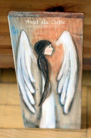 """""""Anioł dla Ciebie"""" to nowa formula Aniołów na prostokątnych heblowanych deskach o dokładnie takich samych wymiarach"""